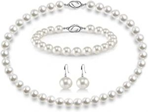 Pearl necklace amazing freshwater cultivation, bracelet and stud set